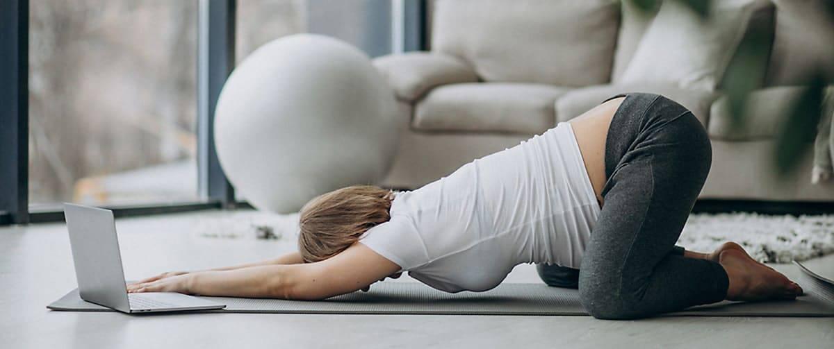 Exercices de Yoga pendant la grossesse