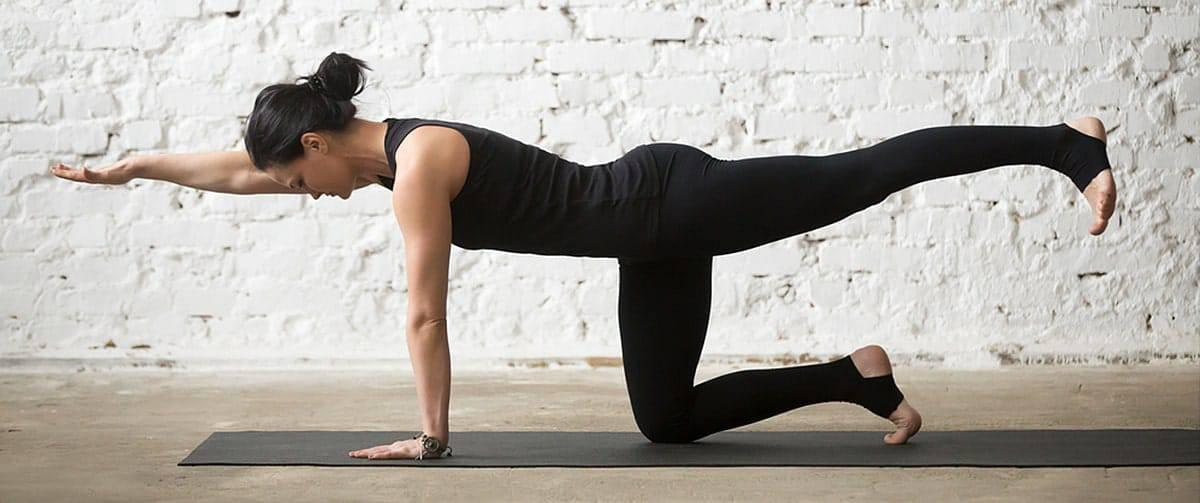 yoga femme exercices dos