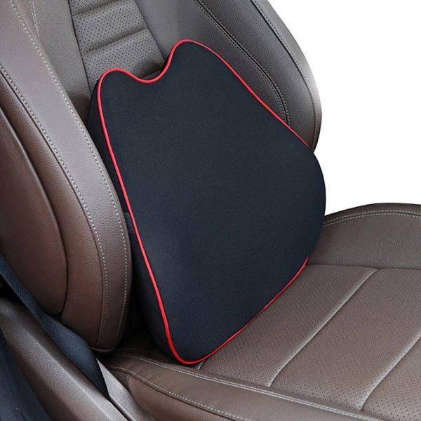 Coussin lombaire pour voiture avec mousse à mémoire de forme coloris noir et rouge